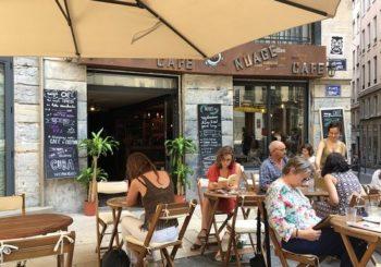 Trois dates-clés pour la réouverture des cafés restaurants en France
